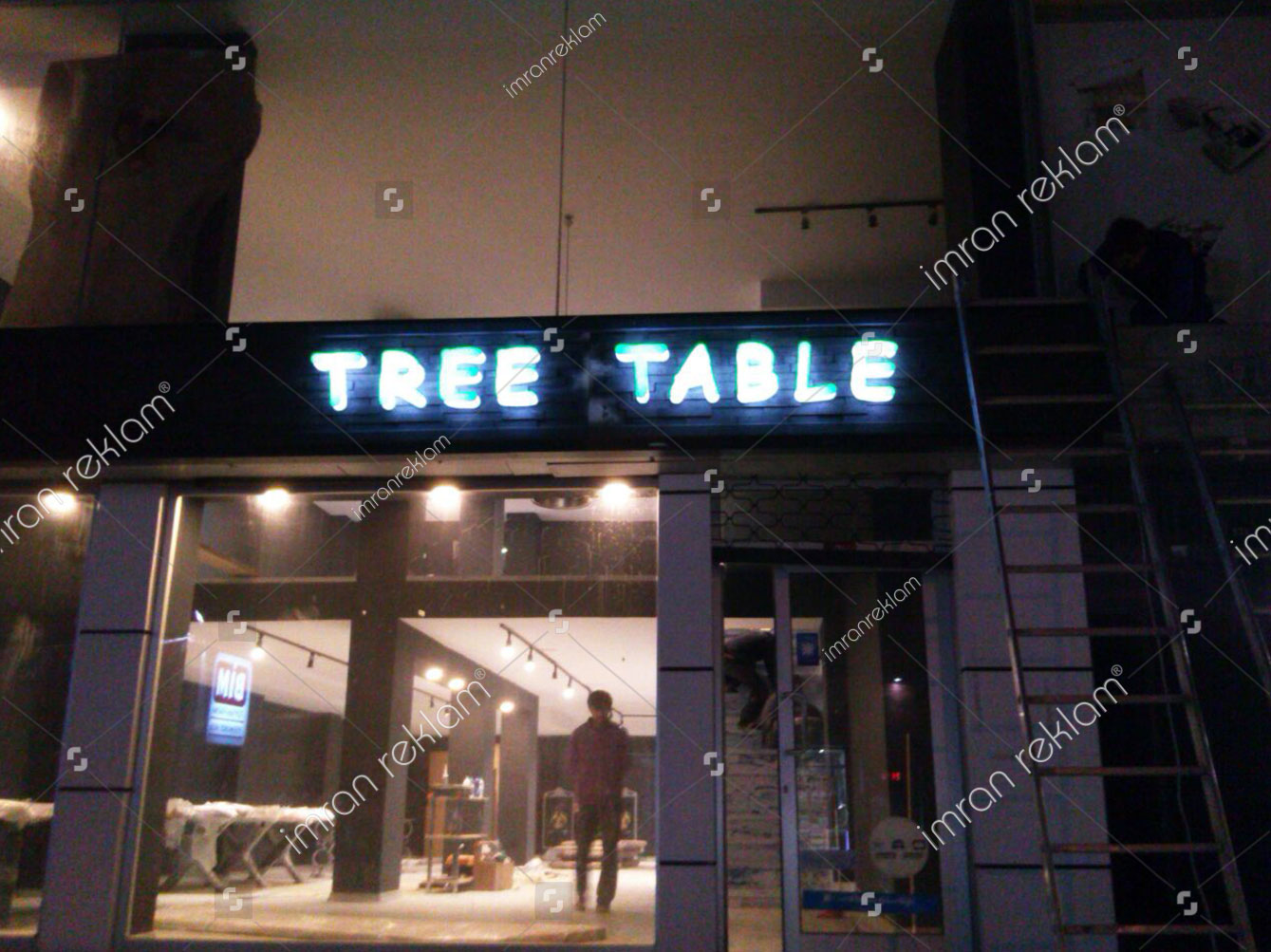 tree-table-kutu-harf